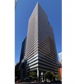 900 Third Avenue