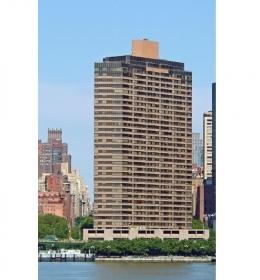 Manhattan Place Condominiums