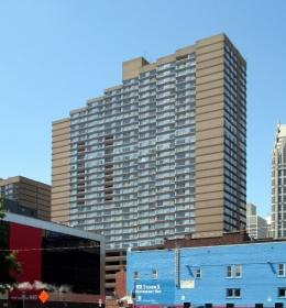 Renaissance City Club Apartments