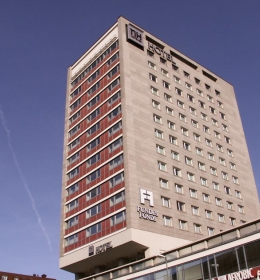 NH Hoteles - Deutscher Kaiser