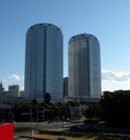 World Business Garden Makuhari Complex