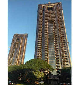 One Waterfront Tower - Mauka 1