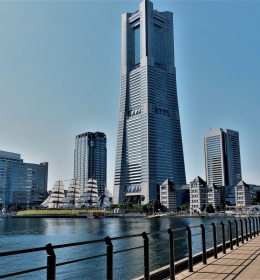 Yokohama Landmark Tower (Лендмарк-тауэр)