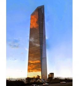 Torre de Cristal (Стеклянная башня)