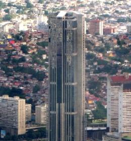 Parque Central Torre Este