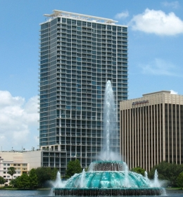 Vue at Lake Eola