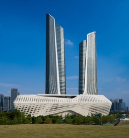 Nanjing International Youth Cultural Centre Tower 1 (Международный молодежный культурный центр Нанкин башня 1)