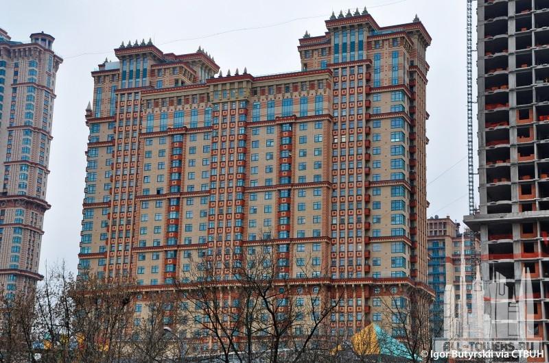Яхт клуб алые паруса в москве адрес магазины футбольного клуба динамо москва
